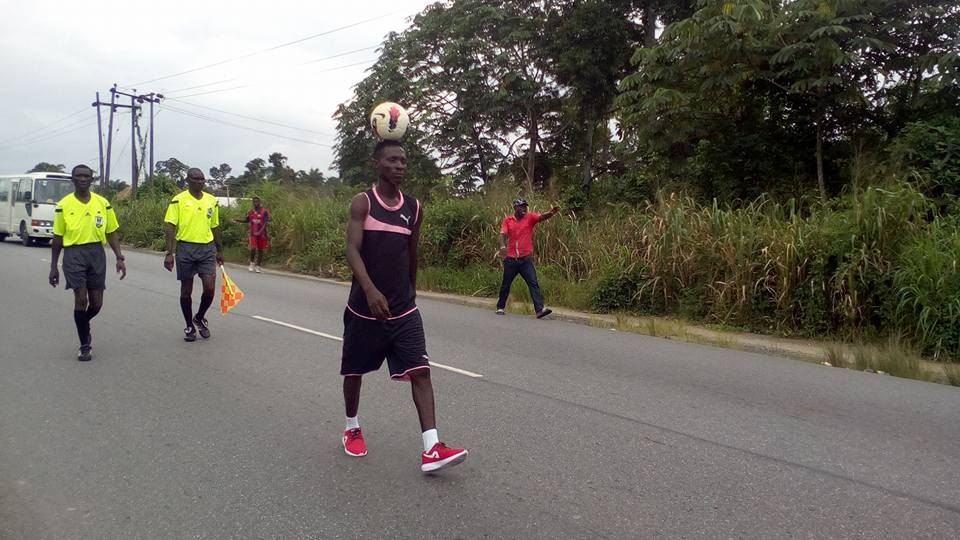 Tonye Solomon D-BOY Breaks Guinness World Record In Bayelsa (Photos) 4094074_jji1_jpg42c168415a4e317cdeb2458eeb8d1f78