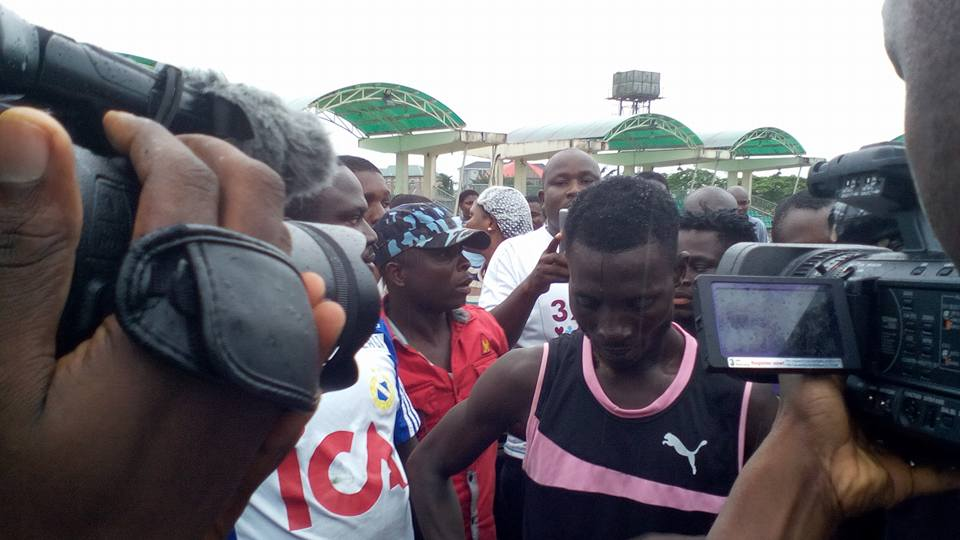 Tonye Solomon D-BOY Breaks Guinness World Record In Bayelsa (Photos) 4094077_hamp1_jpg642258c0f1d5a7ee556ce9146f8b0c74