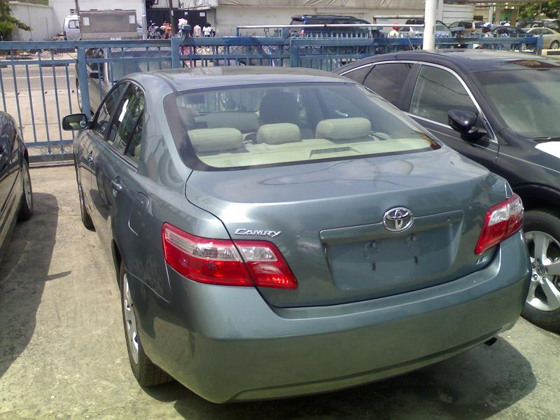 tokunbo toyota camry 2010 model with leather seats: price: n3.5m