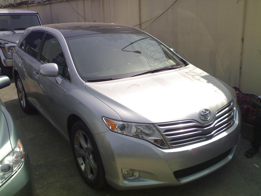Tokunbo 2009 Toyota Venza Xle V6 With Dvd Amp Panoramic Roof