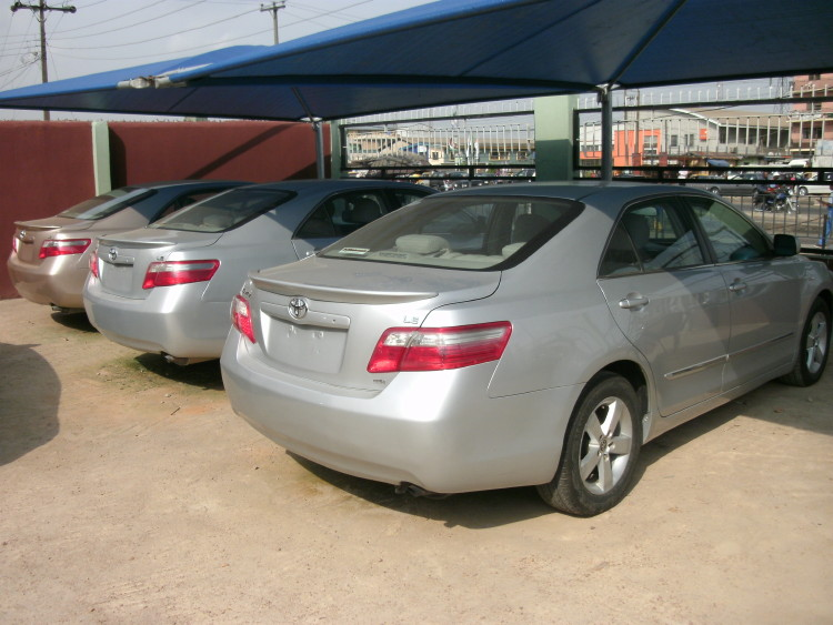 Re: Urgent Sales *2007 Toyota Camry Le *leather Interior* 3units Left * By  Olanshi(m): 2:26pm On Apr 03, 2011 .