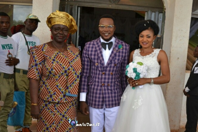 2 Ebonyi Corpers Finally Wed, See Wedding Photos 4230479_20160913110559_jpegf254562961b0df1473f5337e60334704