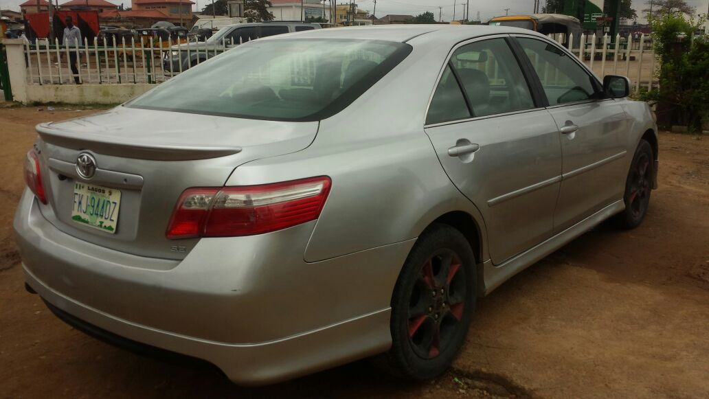 super clean used toyota camry se 2008 model autos nigeria. Black Bedroom Furniture Sets. Home Design Ideas