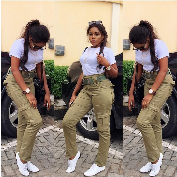 OMG!!! OGUN FEMALE CORPER EXPOSES HER BODY WEARING NYSC UNIFORM – WHAT HAPPENED TO HER WILL SURPRISE YOU (PHOTOS)