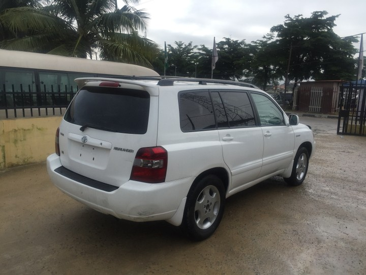 toyota highlander pearl white autos nigeria. Black Bedroom Furniture Sets. Home Design Ideas