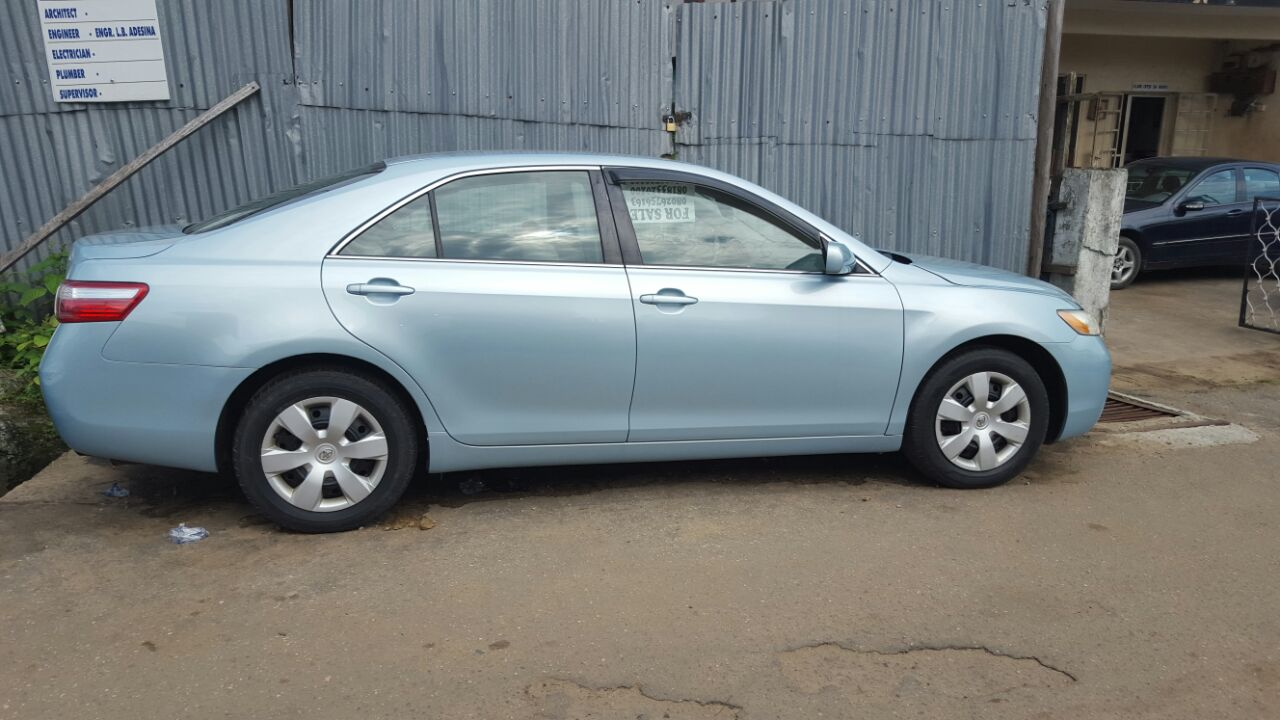 toyota camry 2007  2008  four cylinder clean title direct