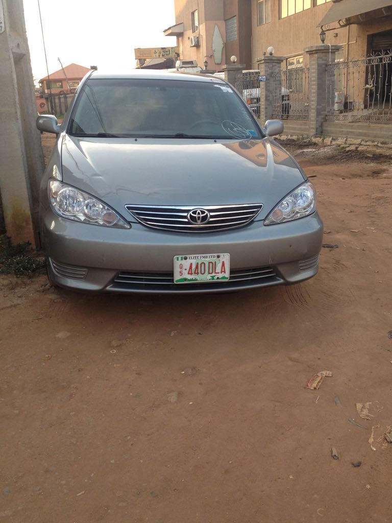 lagos cleared super clean tokunbo 2006 toyota camry limited