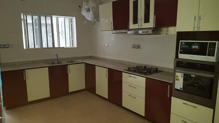 Fitted kitchen cabinets in lagos business to business for Kitchen cabinets nigeria