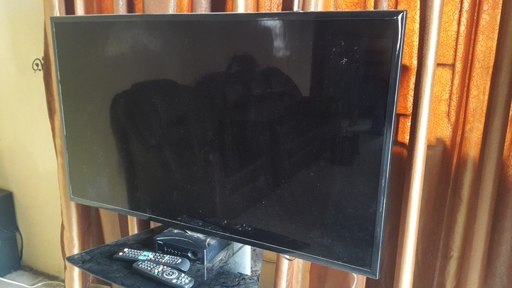 Is Cracked Screen Of Tv Repairable Technology Market Nigeria