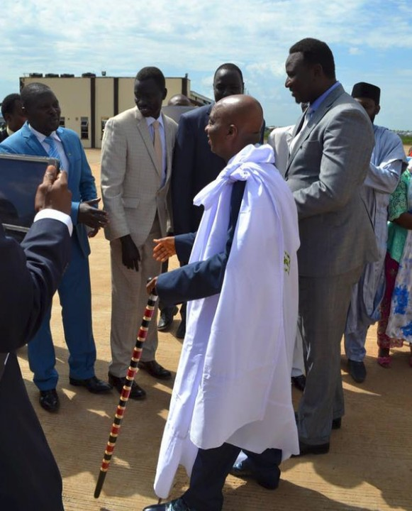 4379415 cv jpeg9aebd0c6da411b101a48ae26f0a1a04d - Bishop Oyedepo Dressed In Sudanese Traditional Outfit While In South Sudan (Photos)