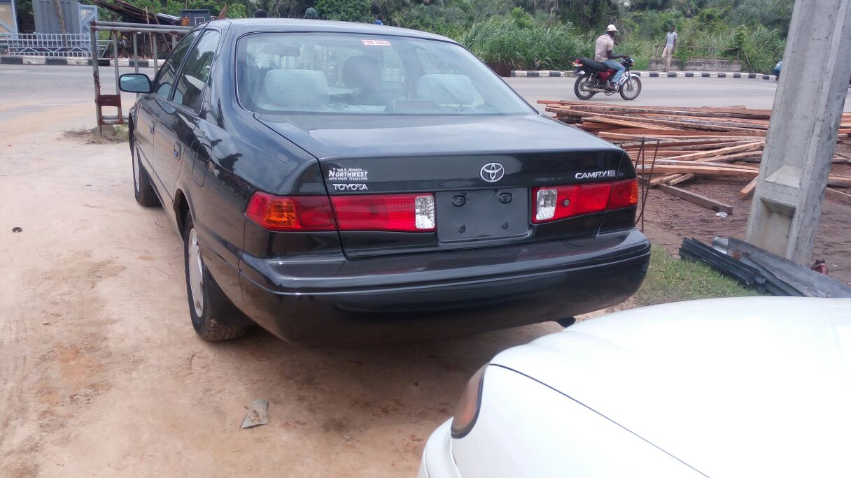 toyota camry2000 infinty q35 2002 for sale call 08134485292 car talk nigeria. Black Bedroom Furniture Sets. Home Design Ideas