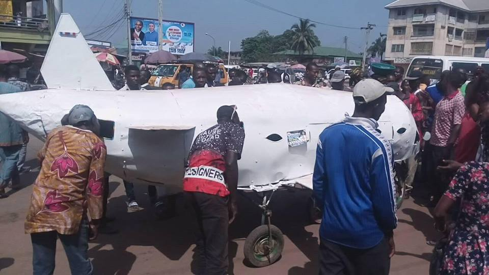 Young Man Pulls Crowd With His Local Invention In Anambra State (Photos) 4418134_coww_jpegb06b93c7466674a2873414b895834506