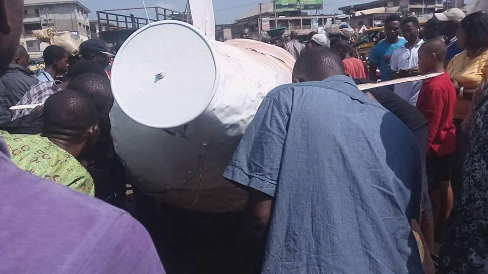 Young Man Pulls Crowd With His Local Invention In Anambra State (Photos) 4418139_coww4_jpegc1dcf90f94a5c1b750008101b1e80373