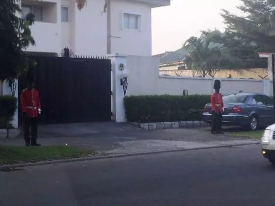 See What Was Spotted In Front Of A House In Abuja