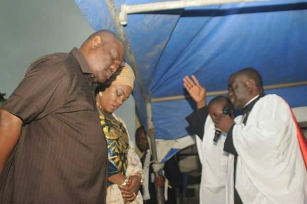 Wike Slams Amaechi In Church: We're Starting Projects Afresh Because You Looted (Photo)