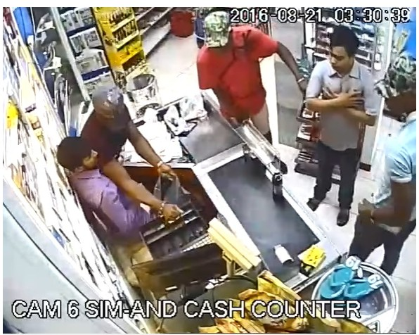 CCTV Footage Of 3 Nigerian Guys Who Robbed A Supermarket In Dubai With Machetes