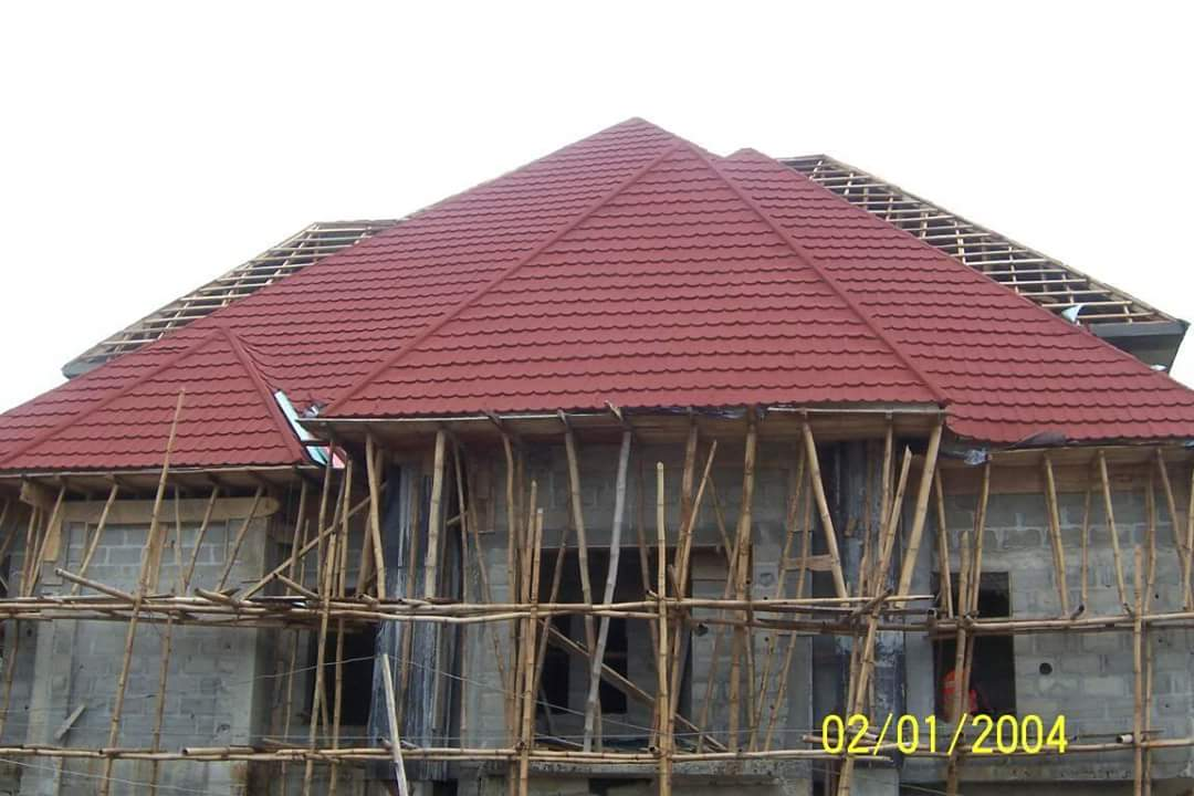 What are the types of roofing materials costs and for Types of roofing materials and cost