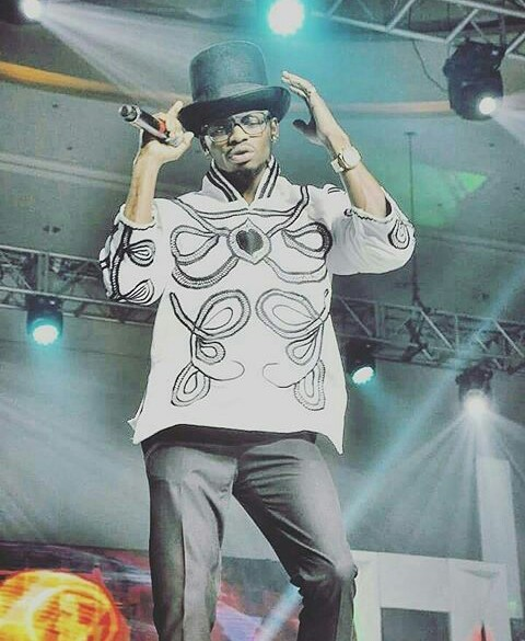 P-Square And Denrele Top List Of Worst Dressed Celebrities At AFRIMMA Awards (Photos)