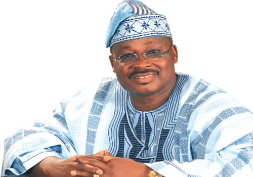 Oyo State Slashes Political Appointees Salaries By 50 Percent