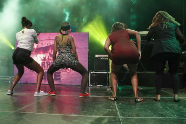Tiwa Savage's Show In Kenya: Ladies With No Bra And Pants Shows Their Skills (Photos)