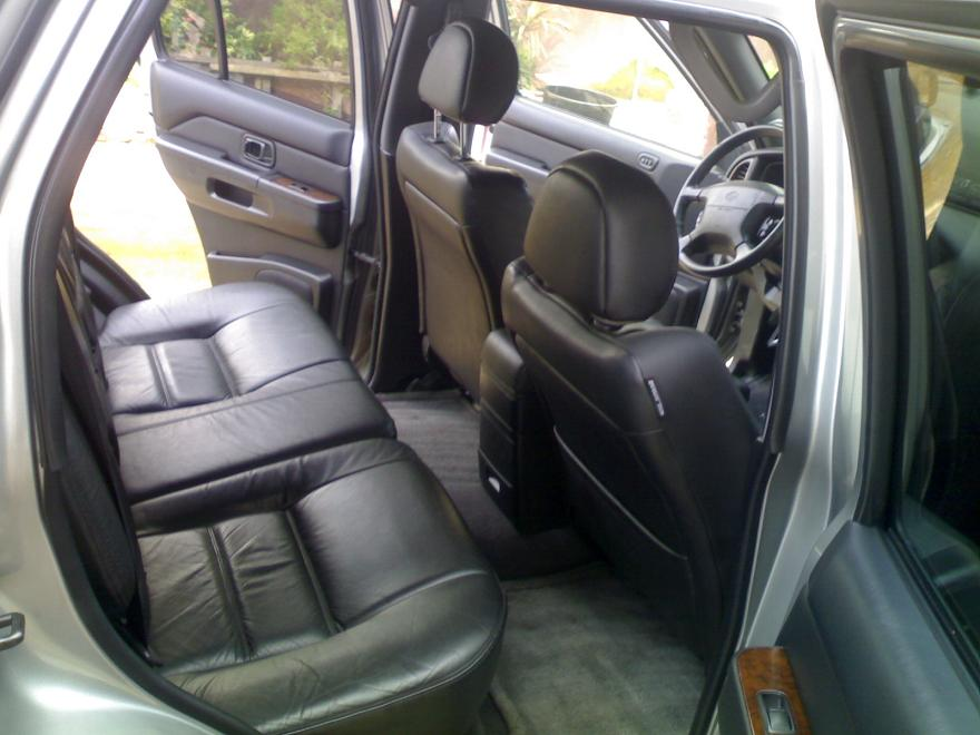 Tokunbo 2002 Nissan Pathfinder With Leather Seats Auxilliary Gear Autos Nigeria