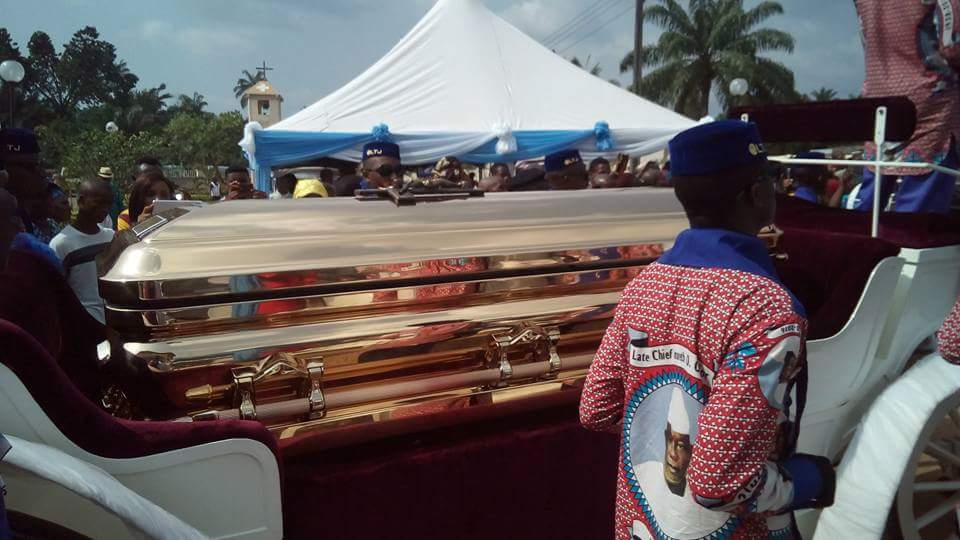 See The Costly Casket Billionaire Emeka Offor Buried His Father In (Pics)