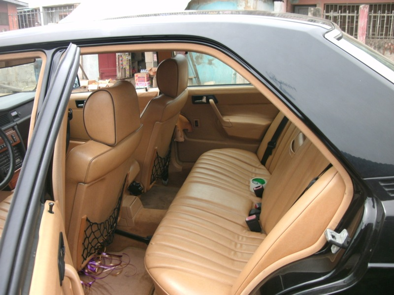 Benz 190 Leather Interior Airconditioning Automatic