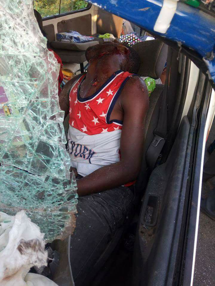 Passengers Die In Accident On Warri Ughelli Expressway In