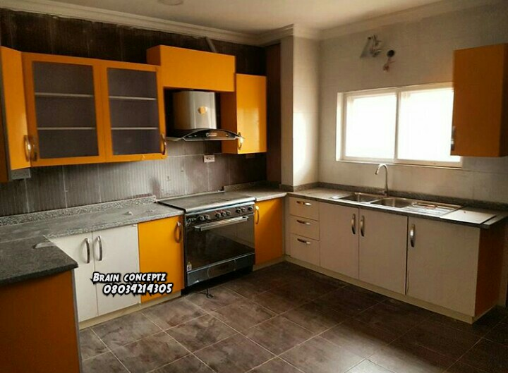 Kitchen cabinets with pictures properties nigeria for Kitchen cabinets nigeria