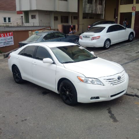 2008 model toyota camry le toks full option selling cheap autos nigeria. Black Bedroom Furniture Sets. Home Design Ideas