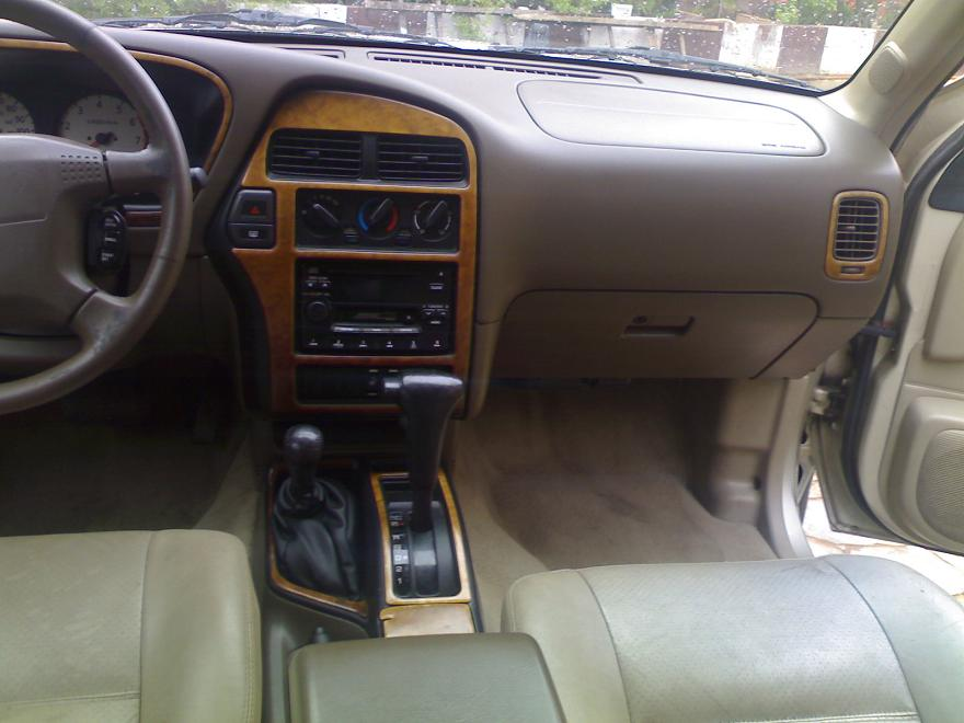 Tokunbo 2000 Nissan Pathfinder With Leather Seats ...