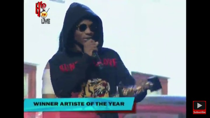 Wizkid Wins Artist Of The Year #TheHeadies2016