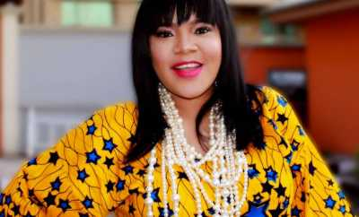 New Beginning: Actress Toyin Aimakhu Drops Her Surname. Check Out Her New Surname