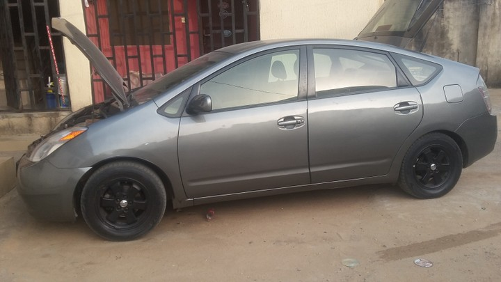 fresh toyota prius 2005 hybrid autos nigeria. Black Bedroom Furniture Sets. Home Design Ideas