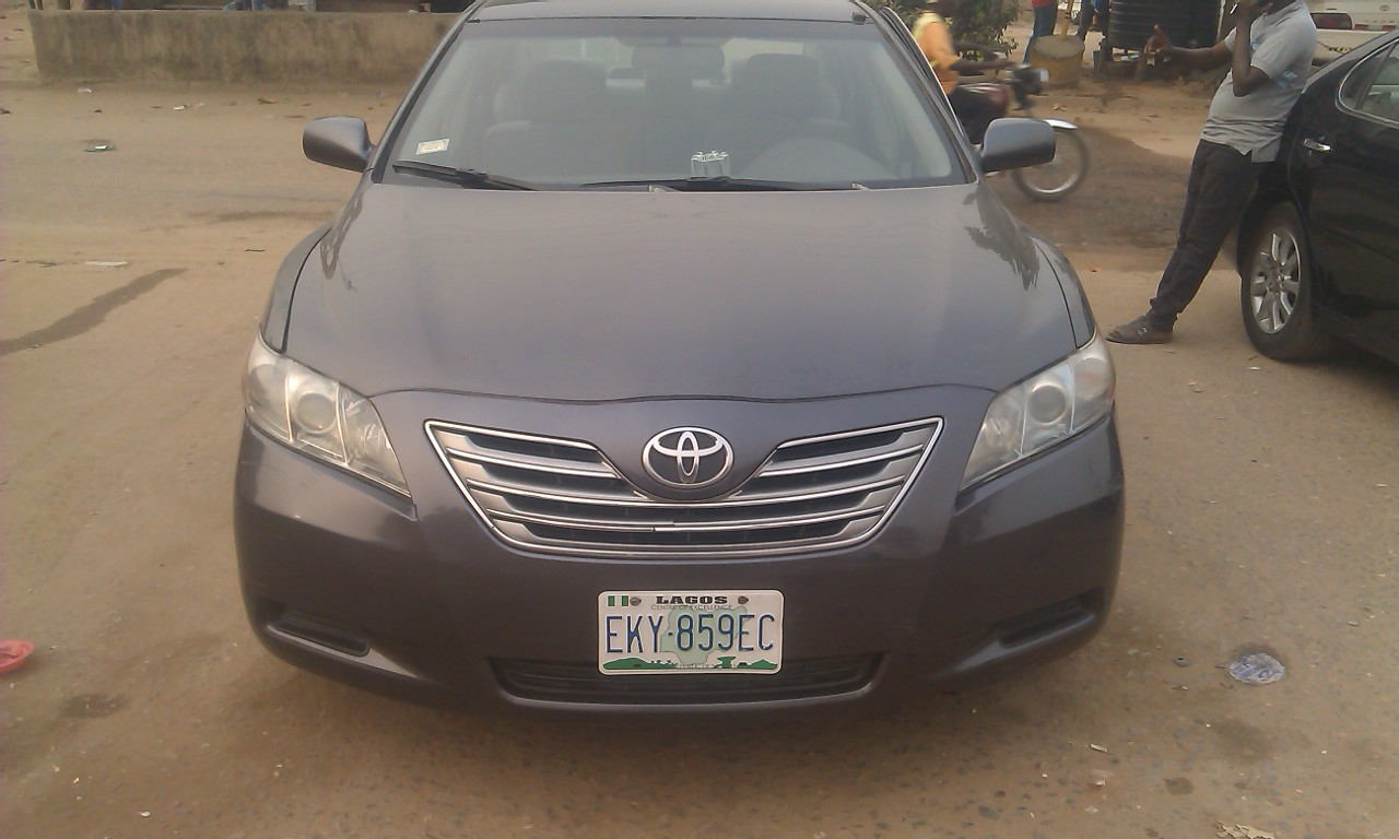 a nigerian used 2008 model toyota camry hybrid synergy. Black Bedroom Furniture Sets. Home Design Ideas