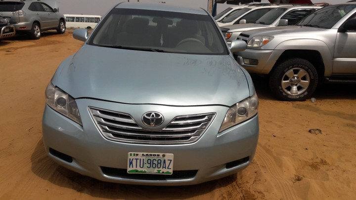 2009 toyota camry registered very clean and fresh autos nigeria. Black Bedroom Furniture Sets. Home Design Ideas