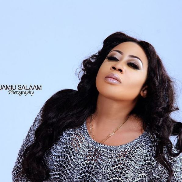 Moyo Lawal Prays She Marries This Year After Relationship Rumors With ...