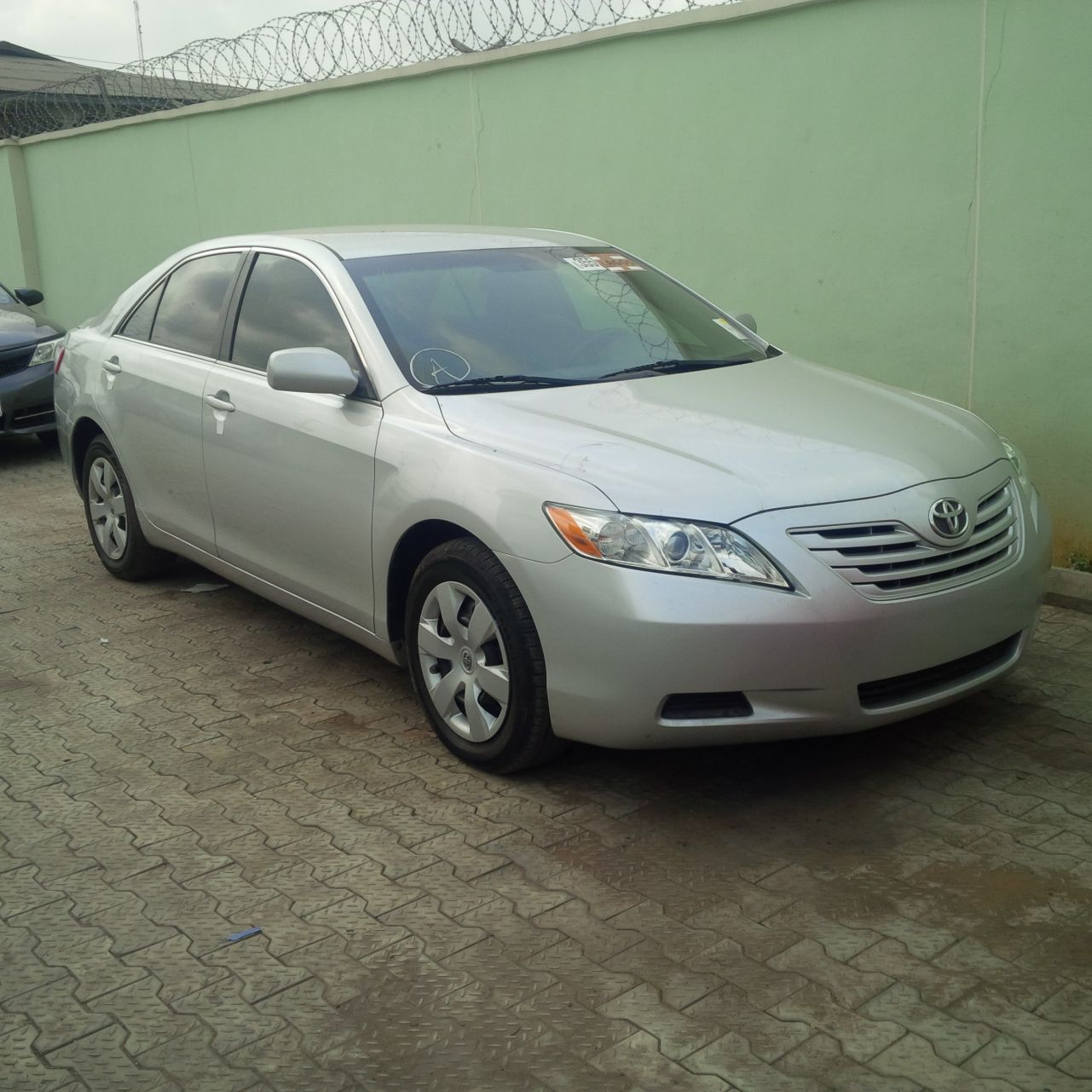 sold tin can cleared 2008 toyota camry le silver color autos nigeria. Black Bedroom Furniture Sets. Home Design Ideas