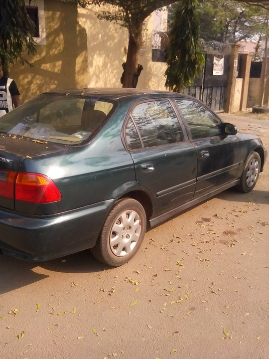 Honda Civic 2000 In Good Condition For Sale. Price 600,000 Negotiable.  Location Abuja Contact 07030720736,08178679434