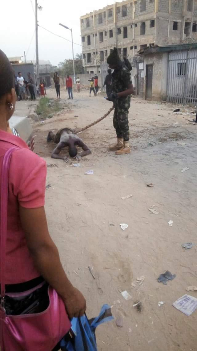 See What A Soldier Did To Man Who Was Wrongly Accused Of Stealing A Phone In Awka