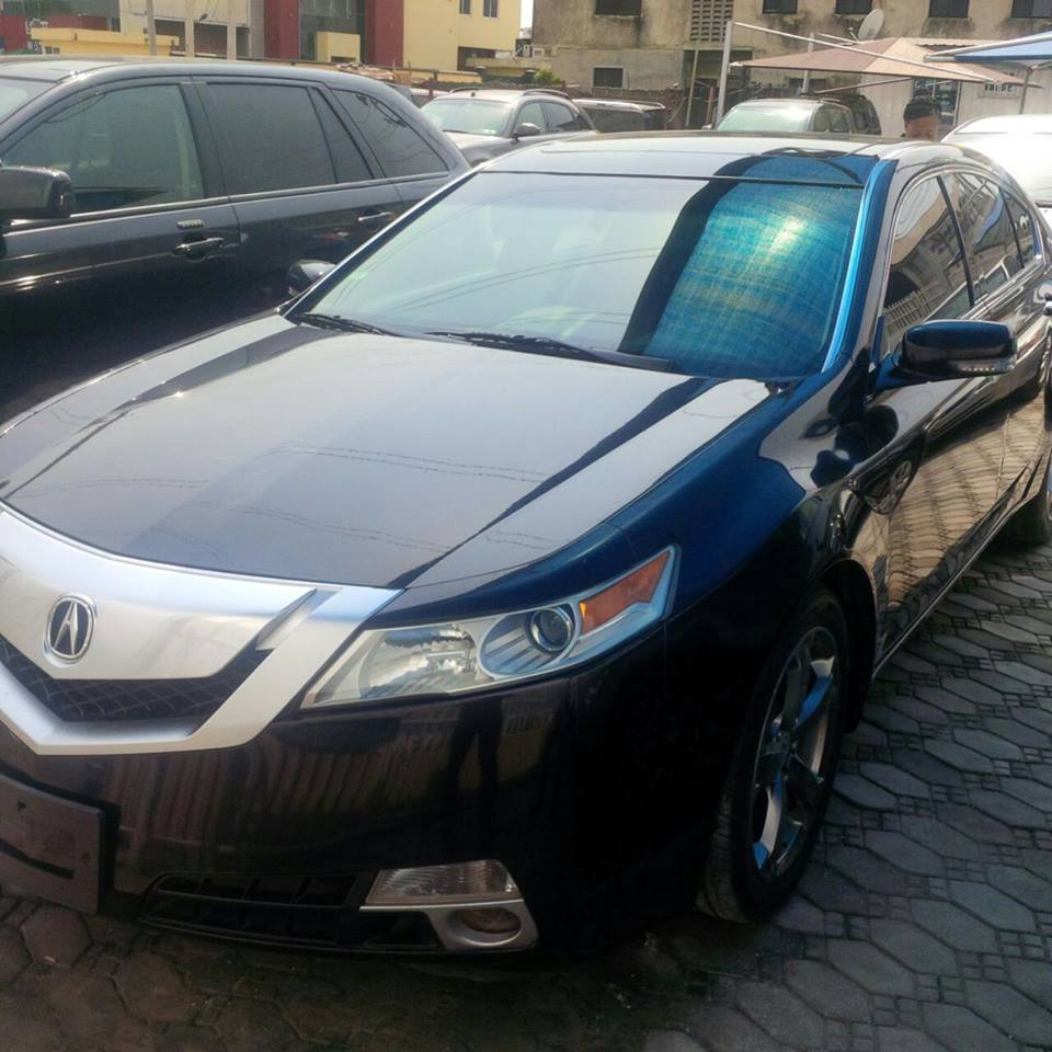 The 2010/2011 Acura TL Sedan **USA Direct**asking Price:6m