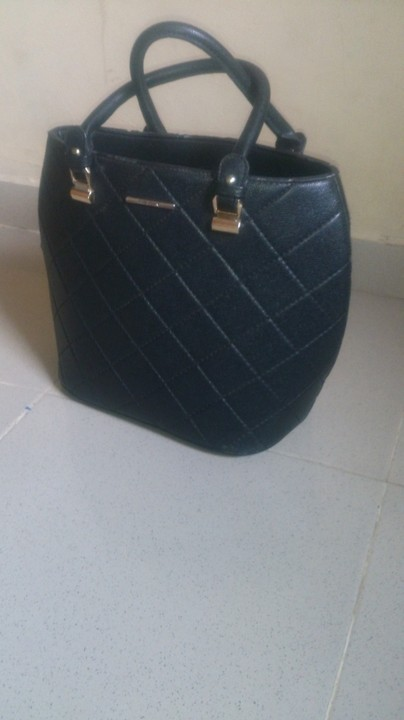 734b87a61edc Checkout My Newly Arrived Bales Of Designer BAGS   SHOES Pix  Bales ...