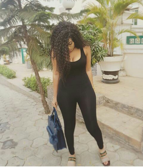 Curvy Nollywood Actress, Onyii Alex Stuns In Body Hugging Jumpsuit