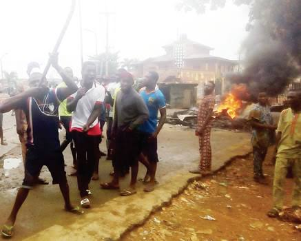 Riot As Hausa Trader Kills Yoruba Driver Over N30 In Lagos