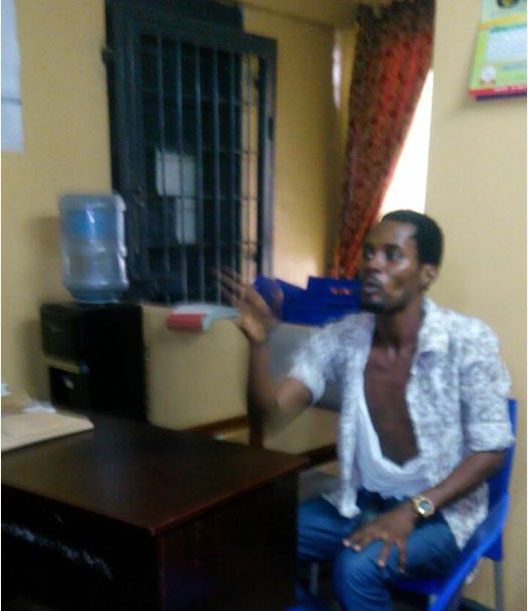 4817913_seunegbegbe_jpeg47a653bc1b15138001ef815acd3152e6 Again, Seun Egbegbe Arrested For Trying To Dupe Mallam Of N10m In Lagos (Pics, Video)