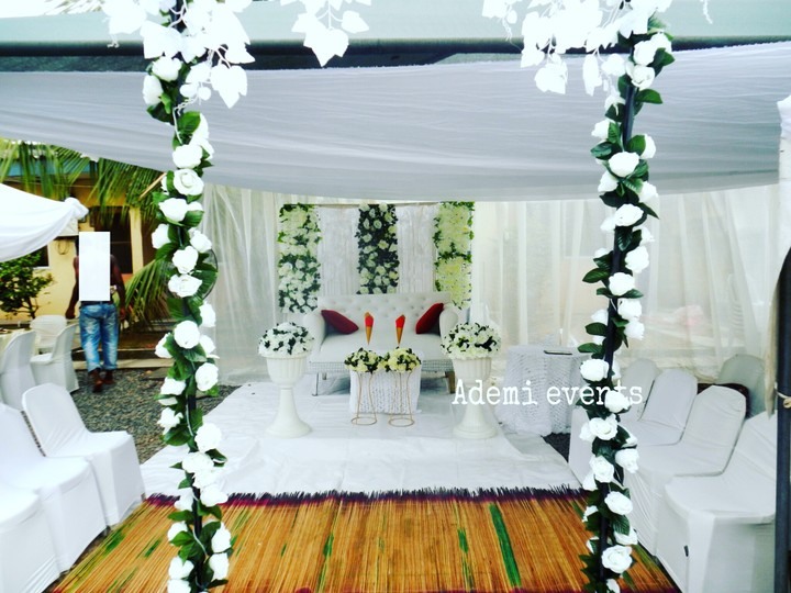 Pictures of lovely wedding reception decorations and cakes events ademi events outdoor decor wedding decor floral decor house compound transformation junglespirit Gallery