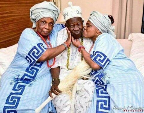 Image result for Olubadan, Oba Saliu Enjoying Valentine With Two Of His Wives