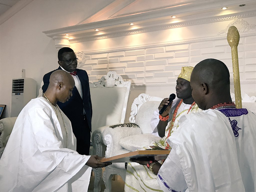 Minister Visits Sick Man Who trekked from Yola To Abuja