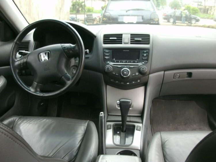 Re: Registered 2003 Honda Accord (v6 Engine, Leather Interior,very Clean  And Tite!) By Olanshi(m): 11:28am On Jul 21, 2011 .