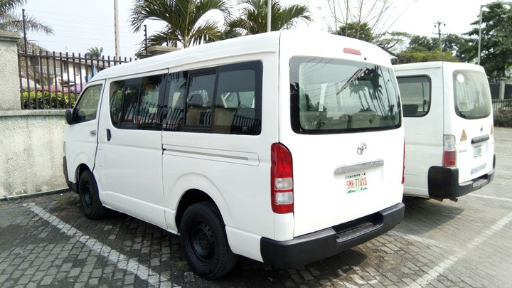 Hummer2 Bus For Sale - Autos - Nigeria